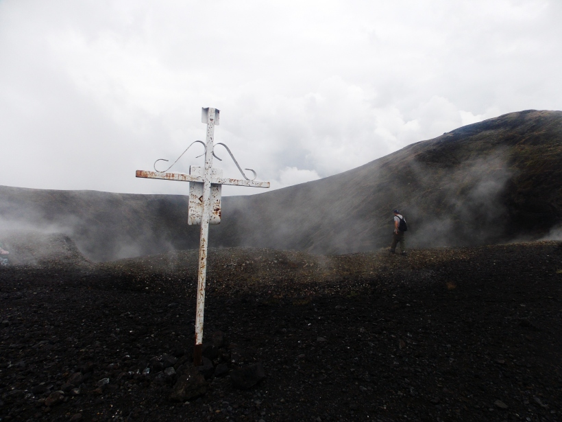 Cross from a miracle working bishop who stopped the lava in 2010  #hoptgf