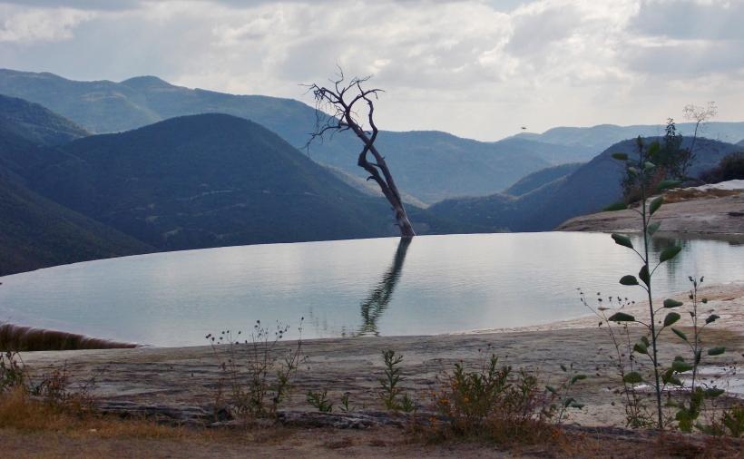 Hierve el agua pool 2