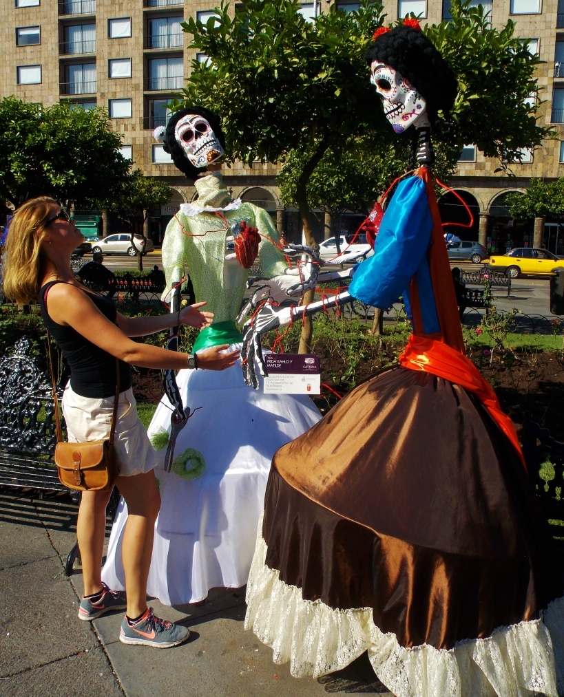 She can't resist a Catrina #hoptgf