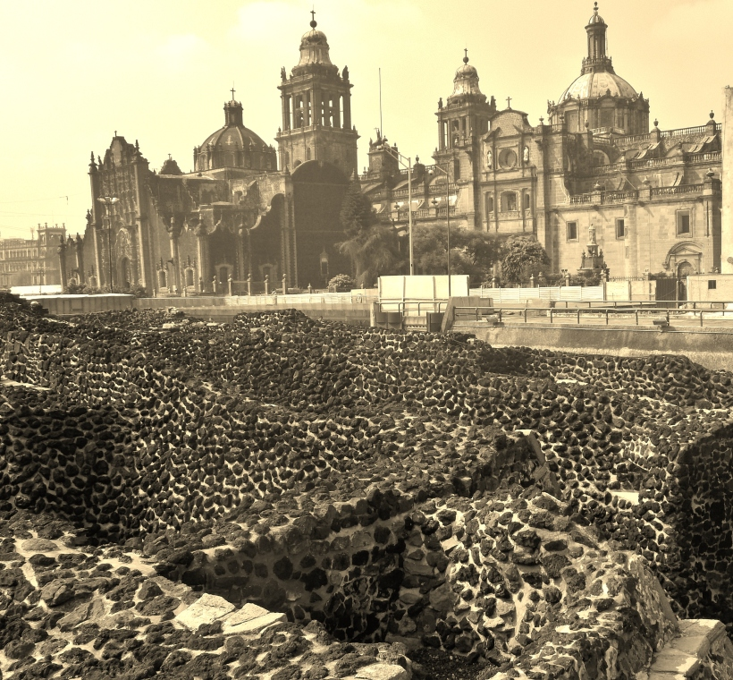 Templo Mayor ruins and the Spanish Cathedral behind