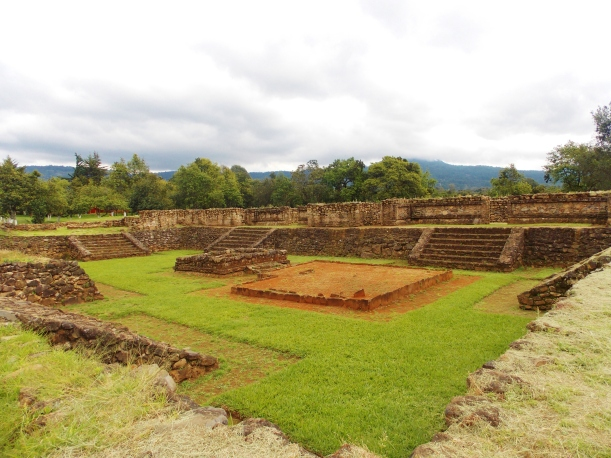 The plaza of Tingambato ruins #hoptgf
