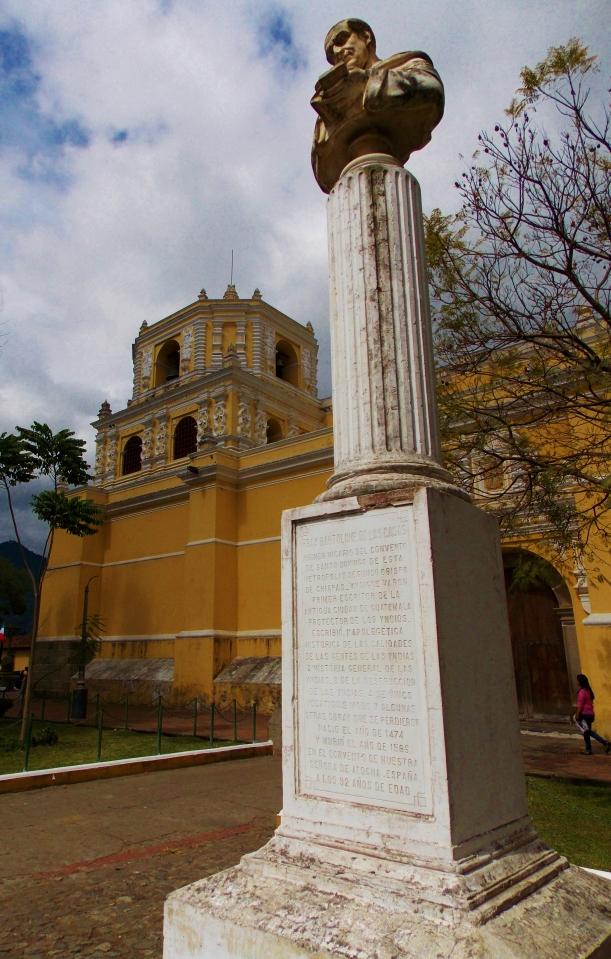 Bartolomé de Las Casas bust - They love this guy