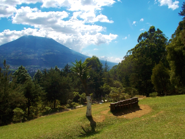 Hike up to Cerro De La Cruz