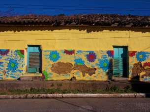 Yep, another bright house, this time in Apaneca