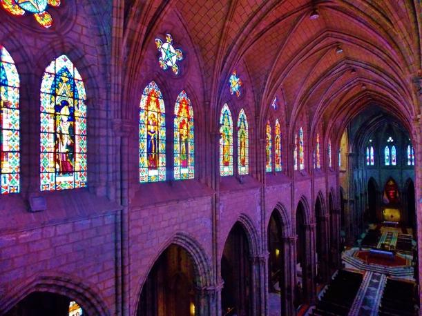 Inside the  Basilica de Volto Nacional