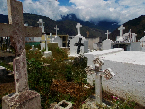 More modest graves of the Baños cemetery