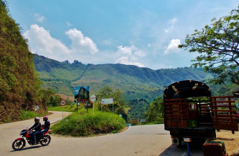 The road to San Agustín