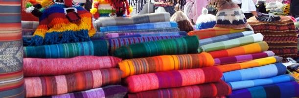 Alpaca blankets - The colours of Otavalo