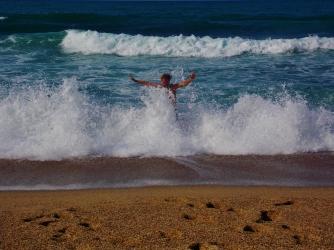 Fierce waves!
