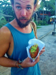Acarajé - Rich not 100% sure on the unpeeled prawns