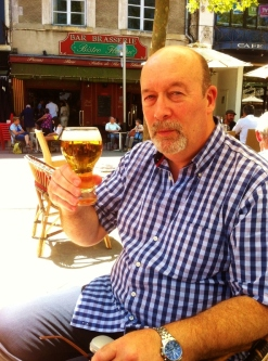 A beer in the square in Carcassonne before the long walk up